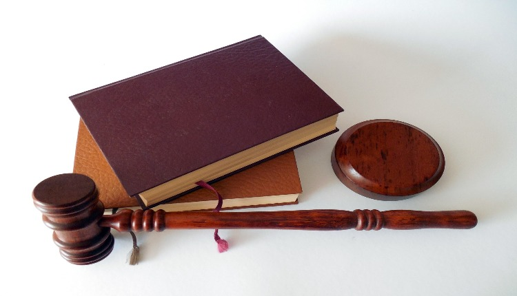 Things to consider while choose the best criminal defense lawyer for your case